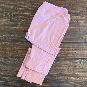💥NWOT💥LuLaRoe Pink Leggings